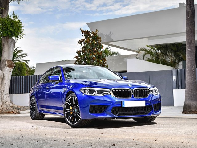 nuova SERIE 5 - BMW N°1